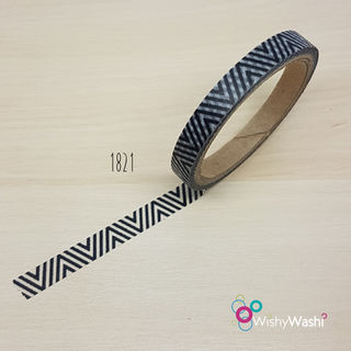 1821 -Black and White Thin Chevron